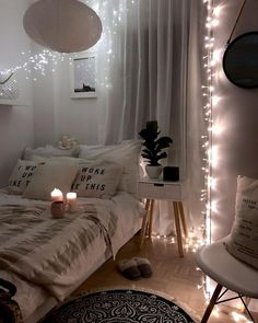 If you are seeking motivation on exactly how to embellish your tiny room, have a look at these amazing space-saving style and furniture concepts. small bedroom 27 Small Bedroom Ideas Design Minimalist and Simple - Pandriva Cozy Small Bedrooms, Stylish Bedroom, Cozy Bedroom, Home Decor Bedroom, Modern Bedroom, Master Bedroom, Master Suite, Contemporary Bedroom, Bedroom Ideas For Small Rooms Cozy