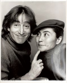 John Lennon - Yoko Ono. they both look so cheeky!