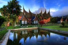 Deluxe Holiday At Sumatra Island, Indonesia Minangkabau, Super Adventure, Dutch East Indies, Asian Games, Padang, Traditional House, The Places Youll Go, Beautiful Places, Netherlands