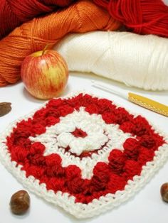 Whip up the Cranberry Pie Crochet Square | Crochet Cloudberry Crochet Cable, Easy Crochet, Crochet Hooks, Free Crochet, Crochet Square Patterns, Crochet Squares, Crochet For Beginners, Beginner Crochet, Cranberry Pie