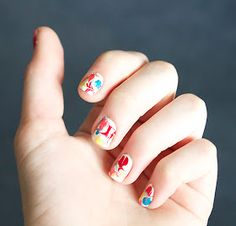 Quiet Lion Creations: Homemade Nail Wraps