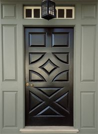 CW-65 Gunsmith Gray trim, CW-680 Mopboard Black door, from the WILLIAMSBURG Color Collection by @benjamin_moore