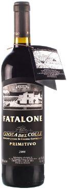 Fatalone Primitivo 2008 (luomuviinit.fi) Majesteettinen, täyteläinen ja hieno viini joka on saanut musiikkiterapiaa kellarissa kypsyessään 6 kuukautta Slavonialaisessa tammessa. Tyypillisiä Puglian alueelle olevia käsin poimittuja Primitivo-rypäleitä on hoidettu biodynaamisin menetelmin ja muodostavat perustan samettiselle ja hieman mineraaliselle viinille josta löytyy aromeja kuten hapanta kirsikkaa ja luumua.