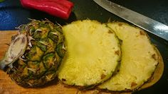 torilds mat: GRESK KJØTTFORM Pineapple, Fruit, Food, Pinecone, Meal, Pine Apple, The Fruit, Eten, Meals