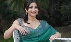 Actress Soha Ali Khan Ridiculed For Wearing a Saree, Gets Labeled as an Anti-Muslim #celebrities #news #people #lifestyle #sohaalikhan #actress #lifestyle #celebrity #viralnews #piquantfeed