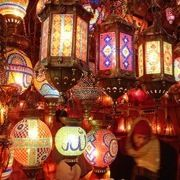 if and when i make it back to istanbul, i am going to get after the grand bazaar.