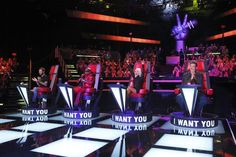 'The Voice' Season 5 Premiere: Old Is New – and Really Good – Again (Video)