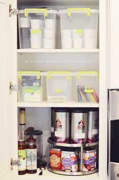 How to organize every inch of your kitchen- say goodbye to clutter & chaos in your kitchen with this treasure trove of kitchen organization tips. Via A Bowl Full of Lemons