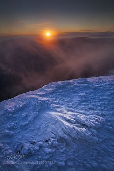A song of fire and ice... by vincentfavre. Please Like http://fb.me/go4photos and Follow @go4fotos Thank You. :-)
