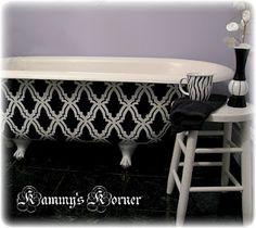 Stenciled Clawfoot tub