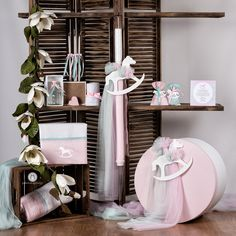 Σετ Βάπτισης Αλογάκι Καρουζέλ Christening, Ladder Decor, Baby Boy, Table Decorations, Decorated Candles, Diy, Showers, Furniture, Home Decor