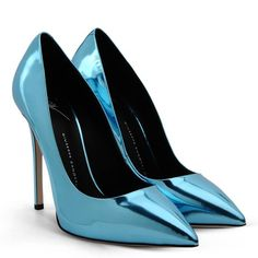 Pump - Shoes Giuseppe Zanotti Design Women on Giuseppe Zanotti Design Online Store @@NATION@@ - Spring-Summer collection for men and women. Worldwide delivery.| E56044007