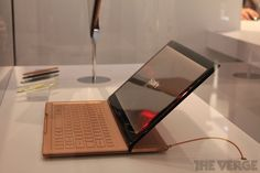 Sony VAIO newest tablet prototype on CES 2012 (retro meet high end)