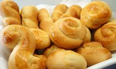 Greek Sweets, Greek Desserts, Greek Recipes, Greek Cookies, Coconut Flour Cookies, Koulourakia Recipe, Cypriot Food, Cookie Recipes, Dessert Recipes