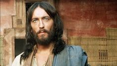 Ce s-a intamplat cu actorul care l-a jucat pe Iisus din Naz8aret. BLESTEMUL care l-a urmarit dupa aceea