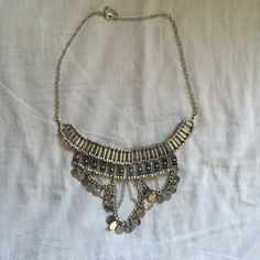 Statement Necklace Super cute bohemian styled necklace. Is perfect for music festival coming up! Purchased from forever 21 not Brandy. Brandy Melville Jewelry