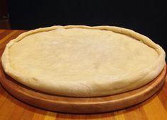Try this massa de pizza recipe, or contribute your own. Creative Pizza, Creative Food, Portuguese Recipes, Italian Recipes, Pizza Recipes, Cooking Recipes, Quiches, Love Food, Menu