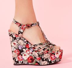 If I wore heels... these would be in my collection.