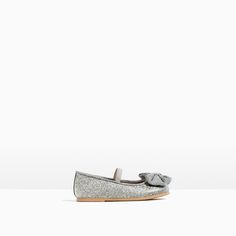 Image 1 of BALLET FLATS WITH BOW from Zara