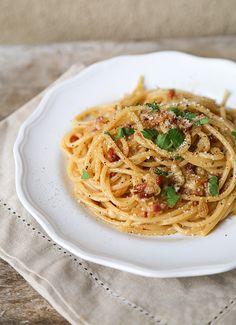 Spaghetti Carbonara // Takes 15 minutes to make