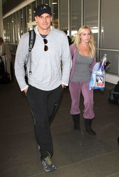 David Boreanaz Photos Photos - Actor David Boreanaz and his wife Jaime Bergman arriving on a flight at LAX airport in Los Angeles, CA. - David Boreanaz And Jaime Bergman Arriving On A Flight At LAX
