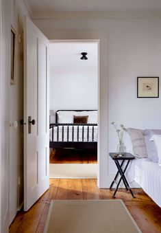 Remodelista Greatest Hits 2020: An Architect's Historically Respectful Retreat in Provincetown - Remodelista Diy Living Room Decor, Home Decor Bedroom, Bedroom Furniture, Bedroom Ideas, Diy Bedroom, Bedroom Designs, Girls Bedroom, Cheap Furniture, Furniture Plans