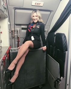 Image may contain: 1 person, sitting Airline Attendant, Flight Attendant, Flight Girls, Best Flights, Professional Wear, Lovely Legs, Cabin Crew, Sexy Stockings, South Korean Girls