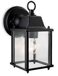 CED 60 Watt ES Lantern Black Finish Die Cast Aluminium IP33