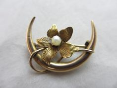 Antique-Victorian-14ct-Yellow-Gold-Pearl-Flower-Crescent-Moon-Brooch-Pin-11231