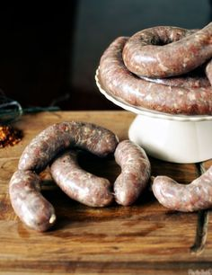 homemade italian sausage- get ready for grown up mac and cheese. Homemade Italian Sausage, Italian Sausage Recipes, Italian Sausages, Pork Sausage Recipes, Homemade Sausage Recipes, Chorizo, How To Make Sausage, Sausage Making, Home Made Sausage