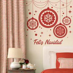 Estas Navidades os traemos unas geniales ideas para poder decorar las paredes de tu hogar con propuestas divertidas y originales, coloca en tu pared el vinilo que más te gusta y disfruta de la navidad http://www.papelpintadoonline.com/es/265-vinilos-decorativos-navidad