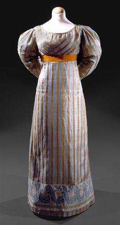 Dress, c. 1800 (1820s?), Museu Nacional do Traje.