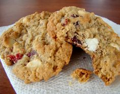 White Chocolate Chip Cranberry Oatmeal Cookies by food.com #Cookies #White_Chocolate #Cranberry #Oatmeal