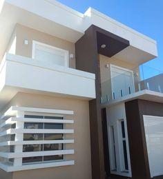 100 fachadas de casas modernas e incríveis para inspirar seu projeto Design Exterior, House Paint Exterior, Exterior House Colors, Bungalow House Design, House Front Design, Modern House Design, Contemporary Design, Modern House Floor Plans, Modern House Facades