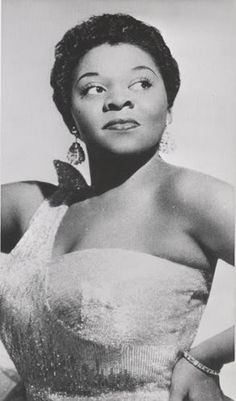 "Dinah Washington - Listen to her version of ""What a Difference a Day Makes"""