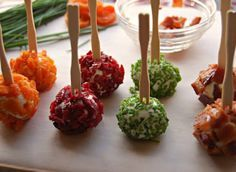 Colorful goat cheese appetizer - maybe do this instead of a large cheeseball for a large group of people? Cheese Appetizers, Appetizer Recipes, Party Recipes, Appetizer Ideas, Yummy Recipes, Cheese Ball, Goat Cheese, Cheese Food, Cheese Bites
