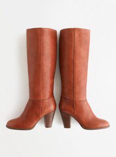 Madewell Rhiannon boot.