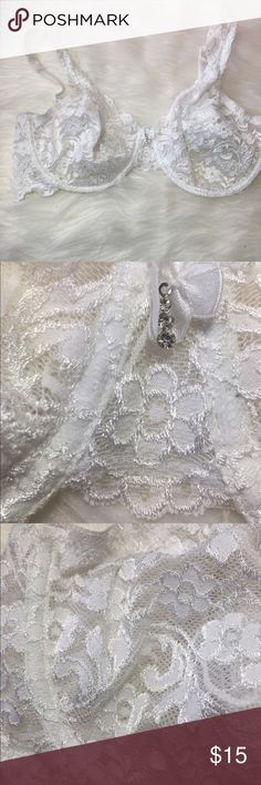 Beautiful Unlined Lace Bra 36D -Good condition!  -Pre loved item -I do not accept offers in the comments so please make all reasonable offers using the offer button only. :) I WILL ALWAYS MAKE A COUNTEROFFER UNTIL I REACH MY LOWEST PRICE NO DECLINES SOME ITEMS PRICES ARE FIRM  -NO TRADES  -NO HOLDS 🚫 -I ship every Monday, Wednesday and Friday   💕Instagram- allisonsbeautyboutique 💕 Your purchase is going to help me graduate community college with as little debt as possible. Thank you…