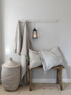 〚 Warm natural tones and vintage decor: cozy cottage in Sweden 〛 ◾ Photos ◾Ideas◾ Design Decor, Cheap Home Decor, Cozy House, Interior, Stunning Interiors, Home Decor, Sweden House, House Interior, Home Deco