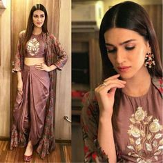 urself with this designer indo western dress Code : FB > 38 Price : no less ) Fabric : Chanderi silk koti with full inner attach ( full stich upto 42 ) Bottom tapeta silk (unstitch 3 meter fabric ) Blouse tapeta silk ( unstitch ) Ready to ship Indian Fashion Dresses, Dress Indian Style, Indian Designer Outfits, Pakistani Dresses, Indian Outfits, Fashion Outfits, Ethnic Outfits, Long Jacket Dresses, Shrug For Dresses