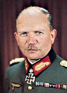 ✠ Heinz Guderian 17 June 1888 – 14 May 1954) RK 27.10.1939 General der Panzertruppe K.G. XIX. AK (mot.) + 17.07.1941 [24. EL] Generaloberst Befh. Pz.Gr. 2