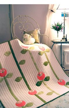 cute flower applique quilt