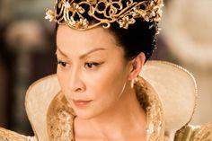 映画「ライズオブシードラゴン」:image014 Crown, Jewelry, Fashion, Moda, Corona, Jewlery, Jewerly, Fashion Styles, Schmuck