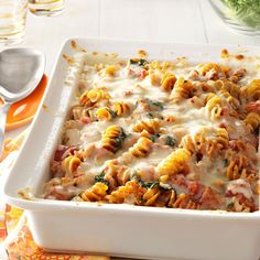 Sausage Spinach Pasta Bake Recipe from Taste of Home -- shared by Kim Forni of Claremont, New Hampshire (Bake Ravioli With Vodka Sauce) Paula Deen, Baked Pasta Recipes, Cooking Recipes, Sausage Recipes, Pasta Dishes, Food Dishes, Food Food, Main Dishes, Spinach Pasta Bake