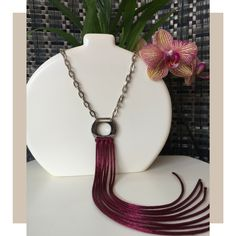 SOIE | Asesoría de Imagen | Collares | Colombia - Tienda Online | Garnet Fringes  SOI•É  SOIÈ  Instagram: soie_co Fringes, Tassel Necklace, Collars, Collection, Jewelry, Instagram, Templates, Bead Necklaces, Garnet