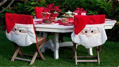Santa en las sillas