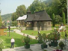 Sfanta Manastire Toplita Bucharest, Medieval, Traveling, Mansions, House Styles, Design, Romania, Houses, Europe