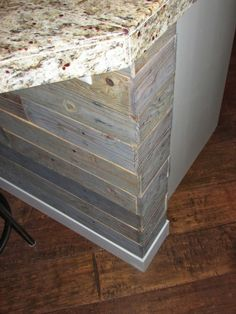 DIY Wood Pallet Project by beatrice