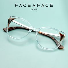 Every concept is a mastery of colours, exploring volumes and light; the expressive designs are far from standardized fashion and conformist trends, always in a league of its own. __________ #FACEAFACE_paris __________ #ANOUK #paris #frames #designer #handmade #instaglasses #fashion #accessories #glasses #design #eyewear #faceaface #montures #lunettes #opticalframes #ACETATEframes #handmade #faceaface