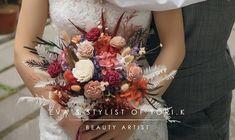 K Beauty, Floral Wreath, Stylists, Wreaths, Makeup, Artist, Decor, Fashion, Make Up
